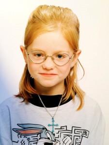 lille sys med flotte briller